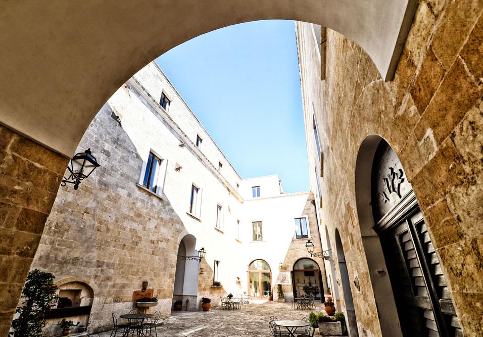 casa isabella hotel 4 stelle taranto
